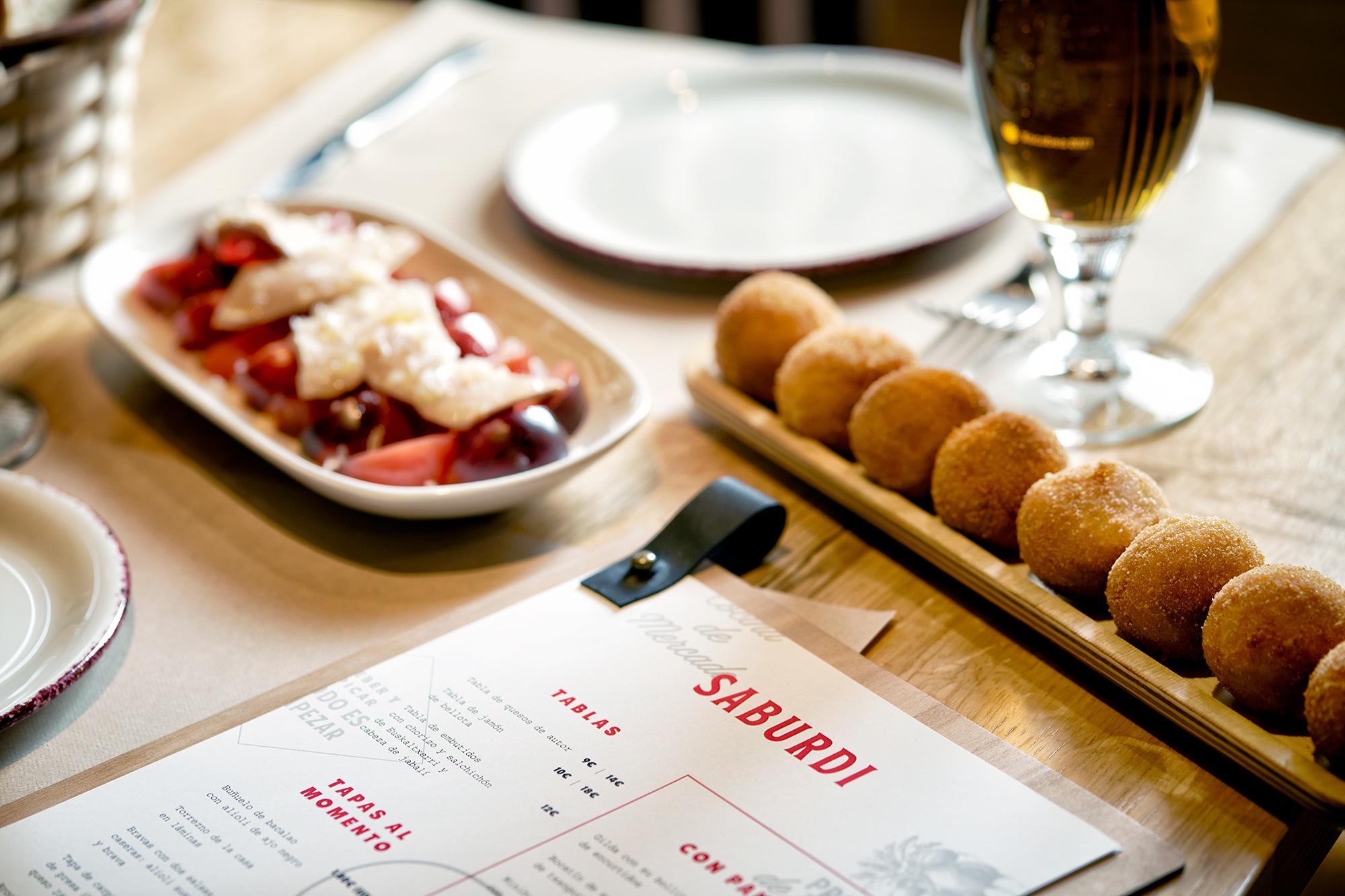 Diseño de menús para Saburdi en Vitoria-Gasteiz